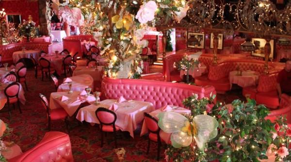 madonna inn11 600x334 Hotels we love: the Madonna Inn