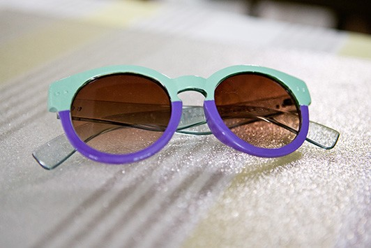xpretty-savvy-two-tone-sunglasses-1-intro-1369423223.jpg.pagespeed.ic.Tu3XbNCsJX
