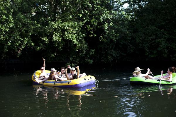 rubber boat london