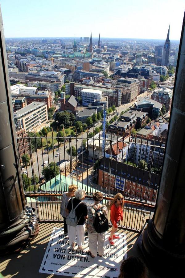 IMG 3559 600x899 30 things to do in Hamburg