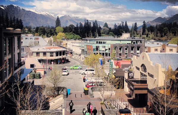 993653362f1f11e3949722000a1f90e1 81 600x387 Welcome to Queenstown