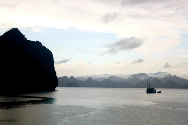 halong after the rain 600x400 A Travelettes Guide to Cruising Ha Long Bay
