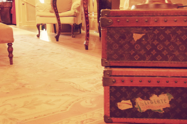 Louis Vuitton Luggage 600x400 Hotels We Love: The Pand Hotel in Bruges