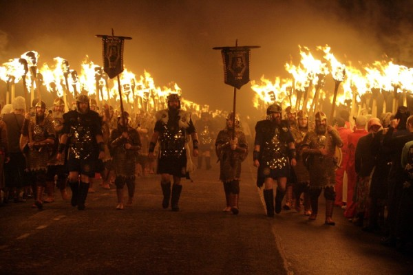 uphellyaa 600x400 Winterlust: A Bucket List for Winter