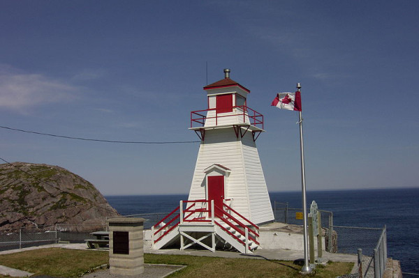 800px Fort Amherst lighthouse St. Johns NL1 600x399 How To Escape To The Other Side Of The World