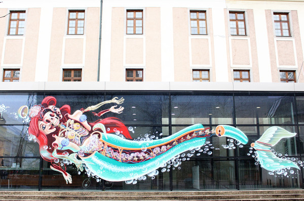 Disembowled Ariel by Nychos at NEXTCOMIC FESTIVAL 600x398 The Travelettes Guide to Linz