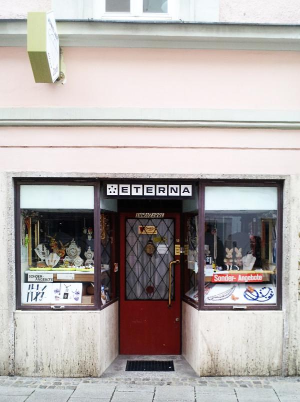 Vintage Jewellery Linz