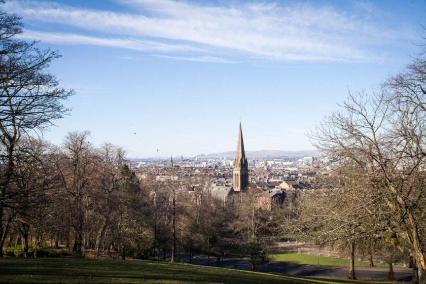 The ultimate Travelettes-approved city guide for Glasgow including unique & free things to do, the best eateries, vintage shops & pubs and much more!