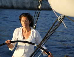 Travelette of the Month: Nathalie Ille - Captain Awesome