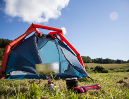 A Tent for Travelettes