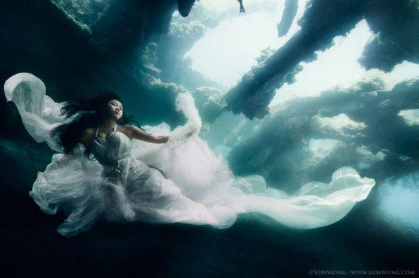 mermaids2 Diving with mermaids in Bali