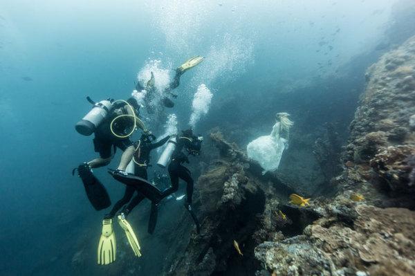 mermaids5 Diving with mermaids in Bali