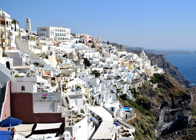 6 Things To Do in Santorini On a Budget