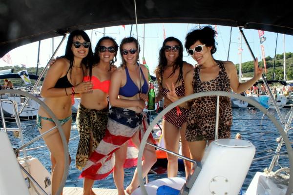 Alex Saint Travelettes SailingHR Five Travelettes