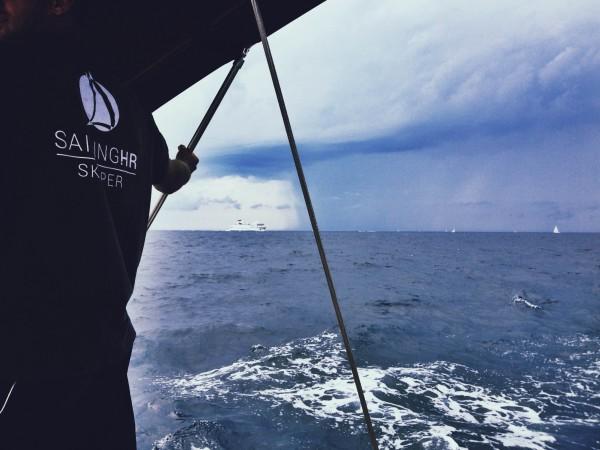 travelettes sophie saint sailing.hr storm