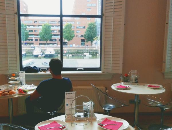 View at Breakfast at Hotel Pincoffs Rotterdam - Frances M Thompson