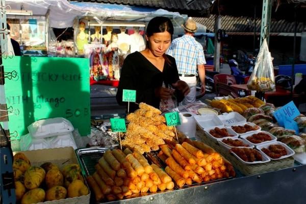 alex food market koh pangnan