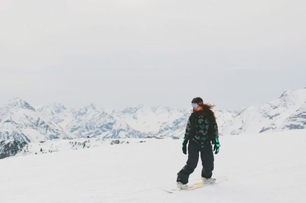 Snowboarding-Girl-1024x682