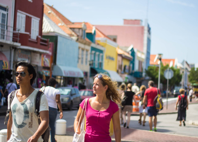 The Travelettes Guide to Willemstad, Curacao