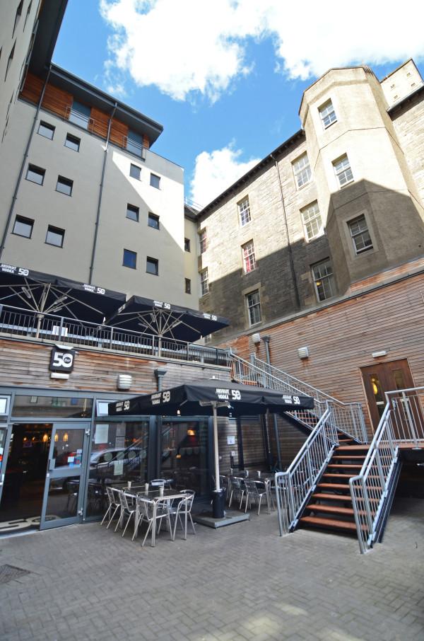 10 awesome Hostels around the World - Smart City Hostel Edinburgh Scotland