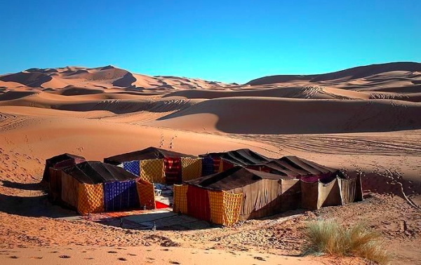 Glamping in the Desert - 5 Cool Tent Camps - Merzouga Camp Morocco