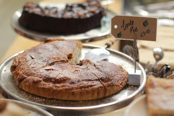 Sligo, Ireland - Elizabeth Rushe - Shells Apple Pie