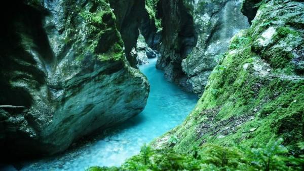 soca-valley-slovenia-tolminka-gorge-tolmin