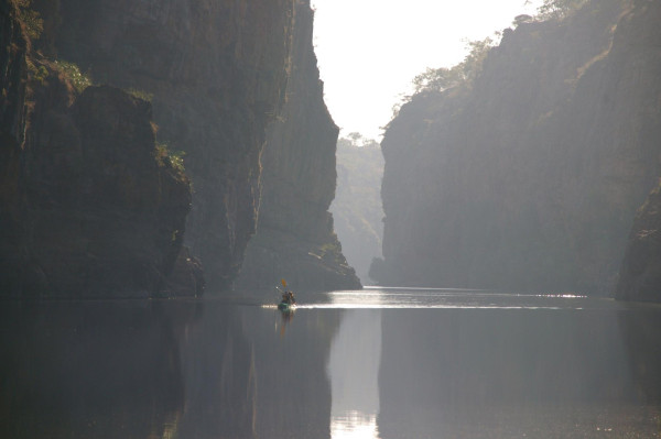 10 Awesome Kayaking Spots in Australia - Katherine Gorge, Northern Territories