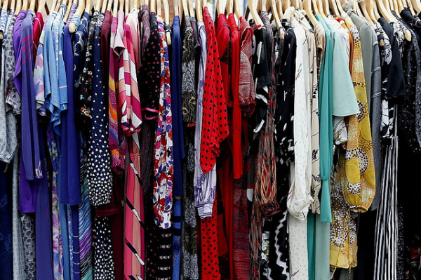 Fashionable Travel Hacks - Vintage Dresses