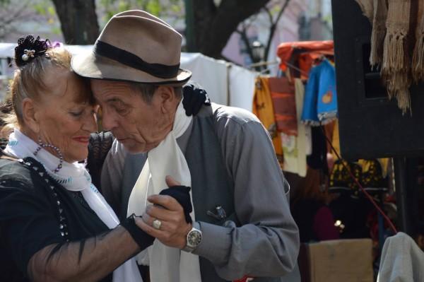 new travelette contributor nikki vargas tango couple