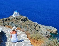 10 Amazing Greek Islands Experiences