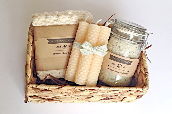 Lovely Gifts for Travelers - Bath Set