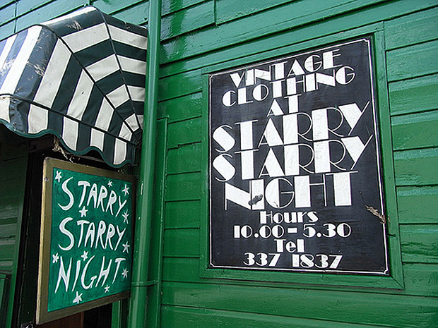 5 cool vintage shops in Glasgow - Starry Starry Night