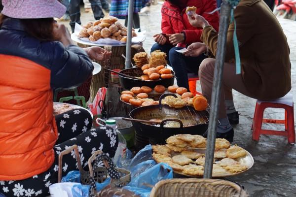 The Sunday market in Bac Ha, Vietnam - Liv Clarke 10