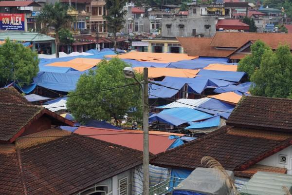 The Sunday market in Bac Ha, Vietnam - Liv Clarke 6