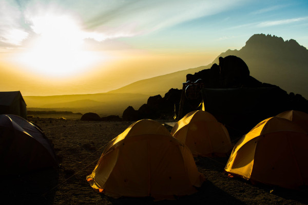 how it feels to climb mount kilimanjaro, kilimandscharo, roof of africa, tanzania kathi kamleitner travelettes-24