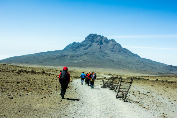 how it feels to climb mount kilimanjaro, kilimandscharo, roof of africa, tanzania kathi kamleitner travelettes-42