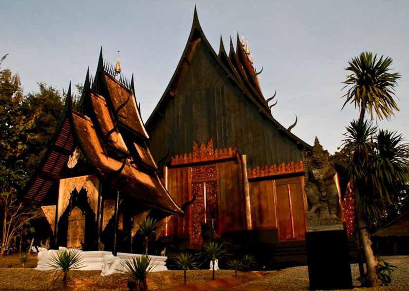 Black_House_Chiang_Rai-2
