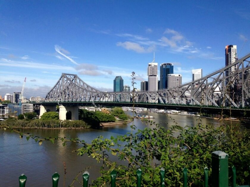 The Travelettes Guide to Brisbane on a Budget - Brisbane River
