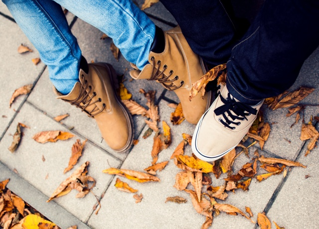 The Best Shoes for Winter Travel (and How to Keep Warm Feet)