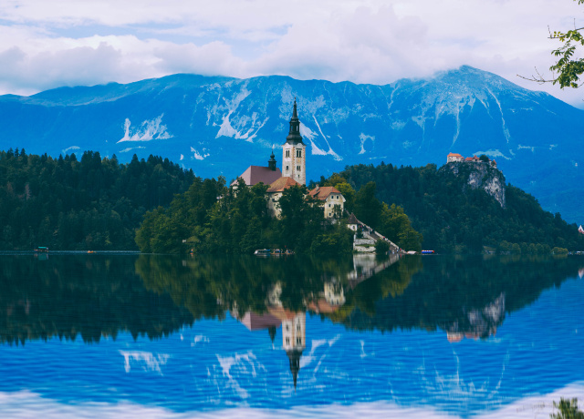 5 Reasons You Should Visit Slovenia NOW