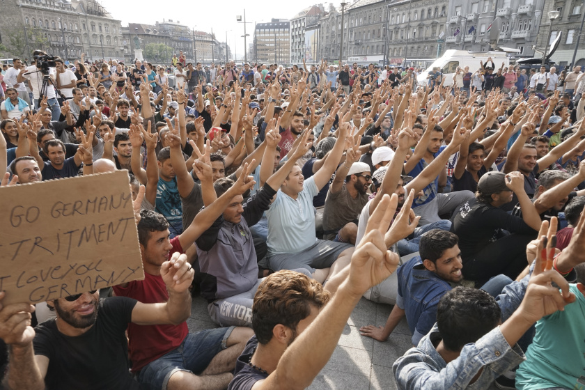 Syrian_refugees_strike_in_front_of_Budapest_Keleti_railway_station._Refugee_crisis._Budapest,_Hungary,_Central_Europe,_3_September_2015