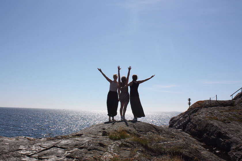 Why Everyone should do a a Roadtrip in Southern Sweden - friends
