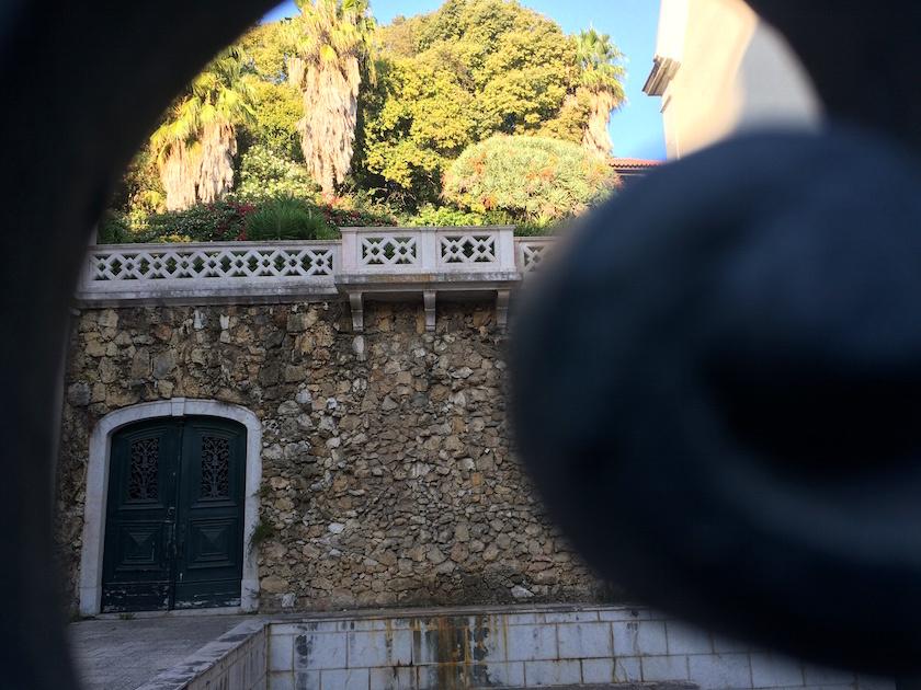 hidden courtyards in lisbon