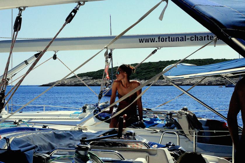 100 Sophie Saint raft party travelettes sailling.hr Croatia-2
