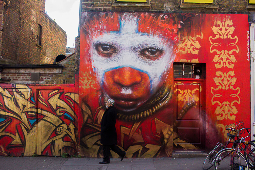 Doing London on a Budget with Meininger - Street Art Tour