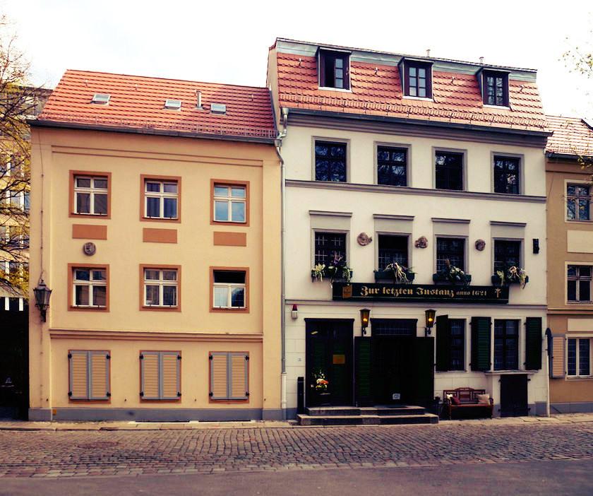 Mitte_Waisenstraße_Zur_letzten_Instanz