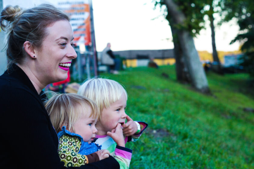 Be an Au Pair or a nanny to travel the world while working travelettes.net