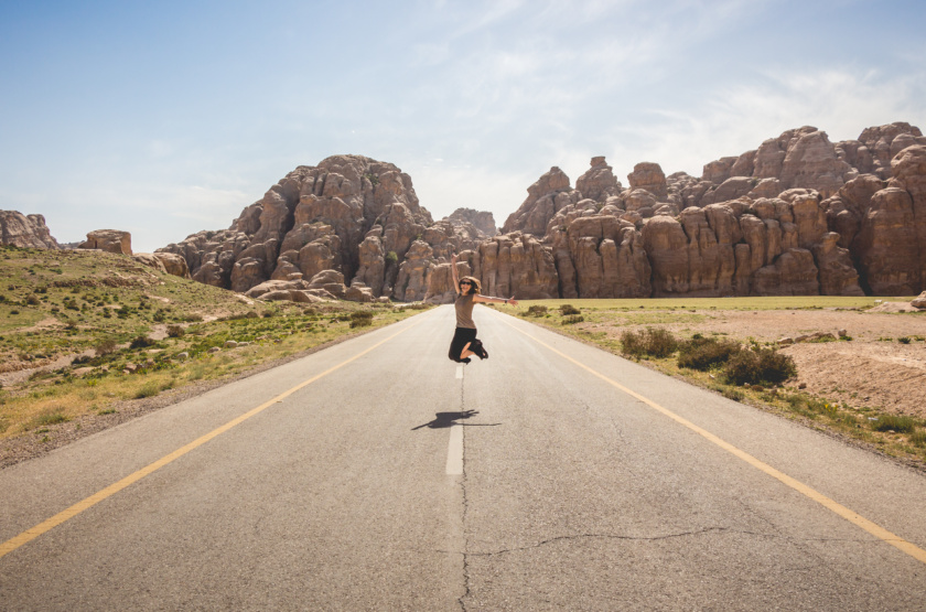 7 Ways Solo Travel Makes You Grow As A Woman