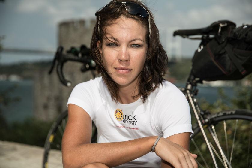 travelettes women biking for change